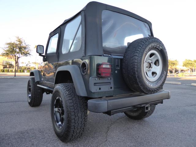 7th seat jeep wrangler autos post. Black Bedroom Furniture Sets. Home Design Ideas