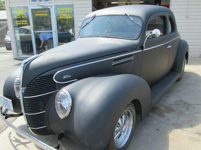 1939 Ford LTD