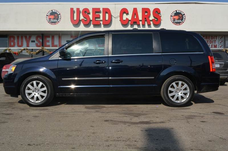 2010 chrysler town and country touring 4dr mini van in dearborn mi ford road motor sales. Black Bedroom Furniture Sets. Home Design Ideas