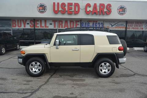 Toyota fj cruiser for sale in union city tn for Motor city credit union locations