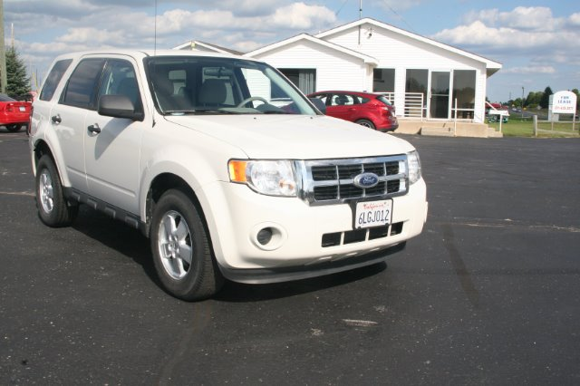 2010 Ford Escape XLS 4dr SUV - Traverse City MI