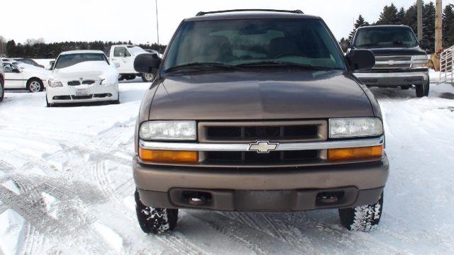 2004 Chevrolet Blazer LS 4WD 4dr SUV - Traverse City MI