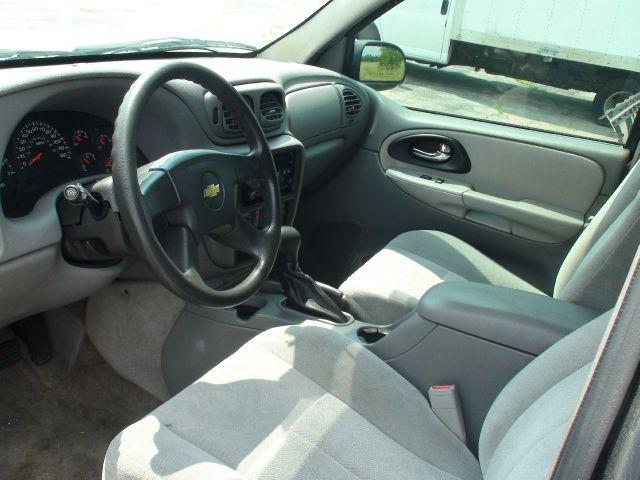 2005 Chevrolet TrailBlazer LS 4WD 4dr SUV - Traverse City MI