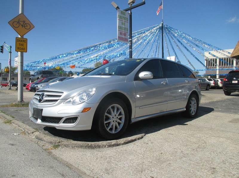Mercedes benz r class for sale in illinois for Luxury motors bridgeview il