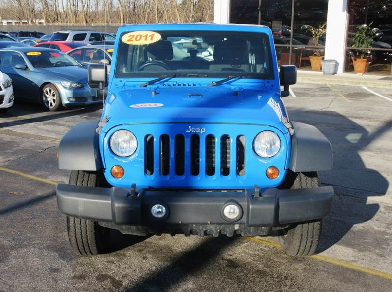 2011 Jeep Wrangler Unlimited Sport RHD 4x4 4dr SUV - Knoxville TN