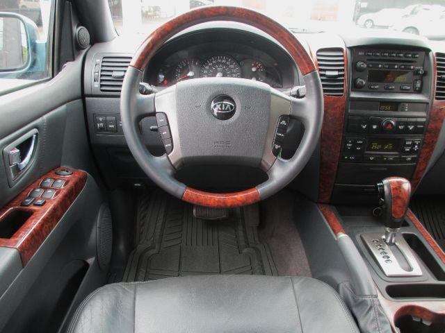 2003 Kia Sorento LX 4WD w/Leather/Sunroof/Heated Seats - Knoxville TN