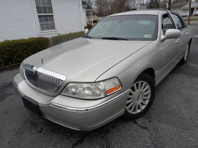 2003 Lincoln Town Car Signature 4dr Sedan In Chesapeake Va Liberty