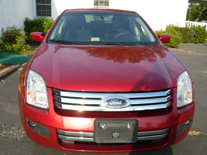 2009 ford fusion se 4dr sedan in chesapeake va liberty for Liberty motors chesapeake va