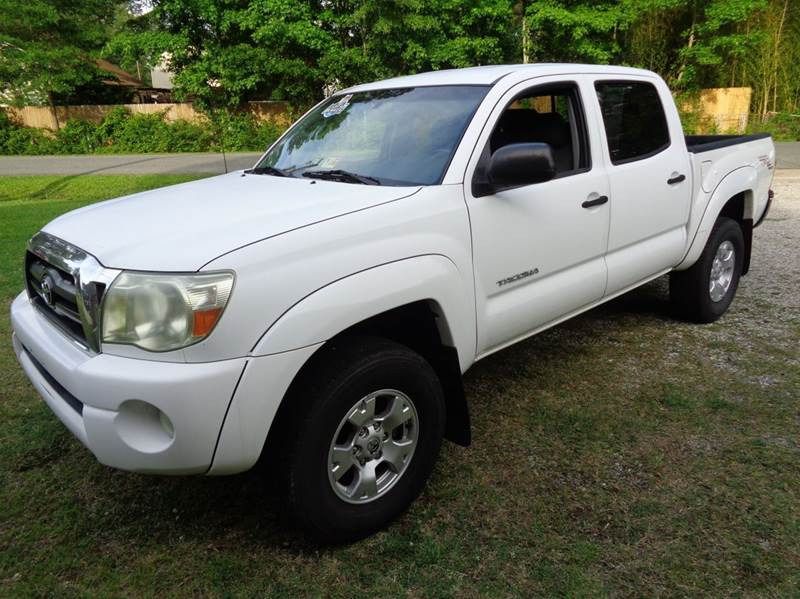 2005 toyota tacoma 4dr double cab prerunner v6 rwd sb in chesapeake va liberty motors. Black Bedroom Furniture Sets. Home Design Ideas