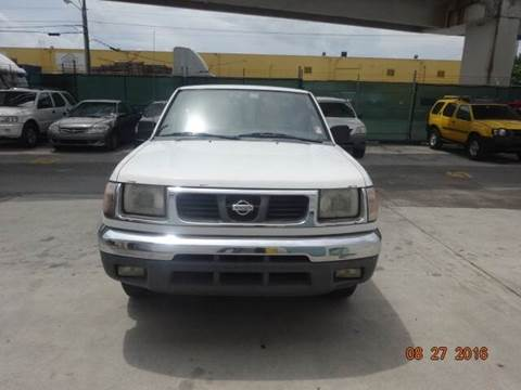 2000 Nissan Frontier for sale in Miami, FL