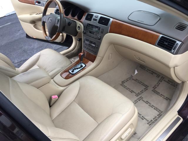 2005 Lexus ES 330 4dr Sedan - Norristown PA