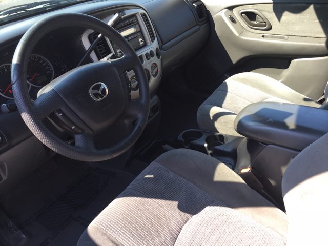 2004 Mazda Tribute LX-V6 4dr SUV - Norristown PA