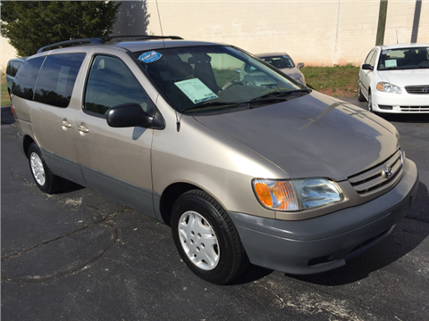 2003 Toyota Sienna for sale in Norristown, PA