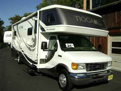 2008 Fleetwood Tioga / 31ft