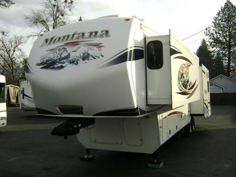 2013 Keystone Montana Hickory  for sale in Grants Pass, OR