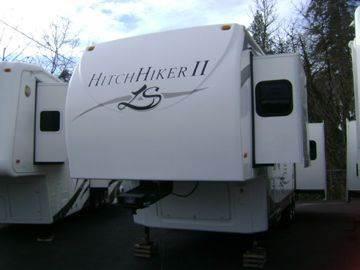 2008 Hitchhiker II LS 32.5 UKTG