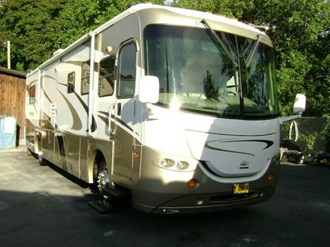 2005 Coachmen Cross Country / 37ft