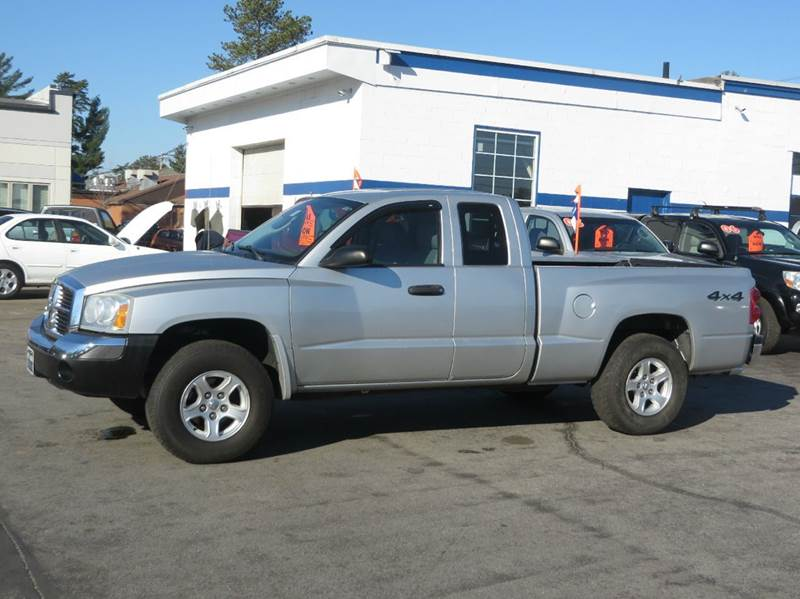 2005 dodge dakota slt club cab 4wd in concord nh price auto sales. Black Bedroom Furniture Sets. Home Design Ideas