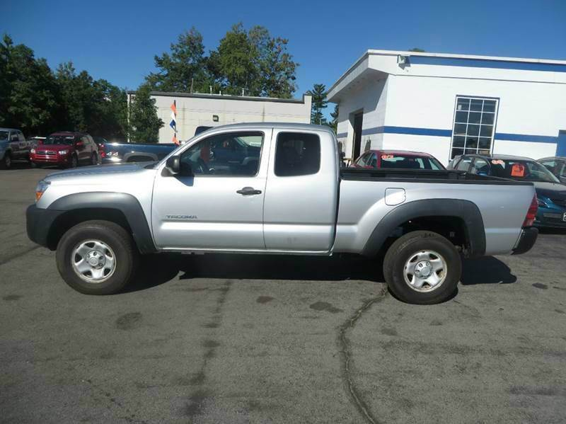 2005 Toyota Tacoma 4dr Access Cab 4WD SB - Concord NH