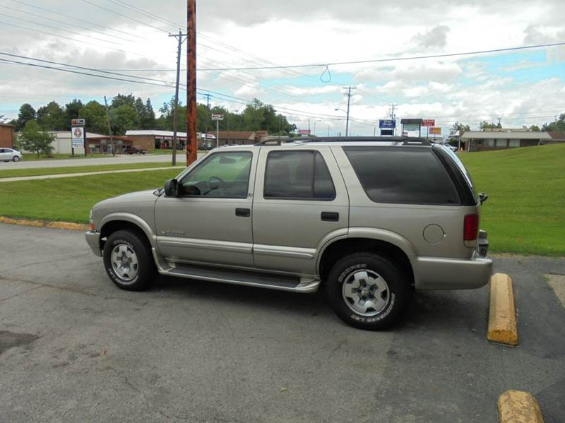 2003 chevrolet blazer ls 4x4 4dr suv in radcliff ky. Black Bedroom Furniture Sets. Home Design Ideas