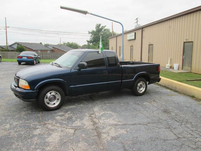 2001 gmc sonoma sl 2dr extended cab 2wd sb in radcliff ky atlas cars inc. Black Bedroom Furniture Sets. Home Design Ideas