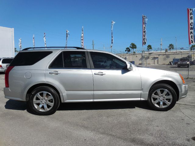 2006 CADILLAC SRX V8 unspecified down payment negotiable guaranteed credit approval and free one