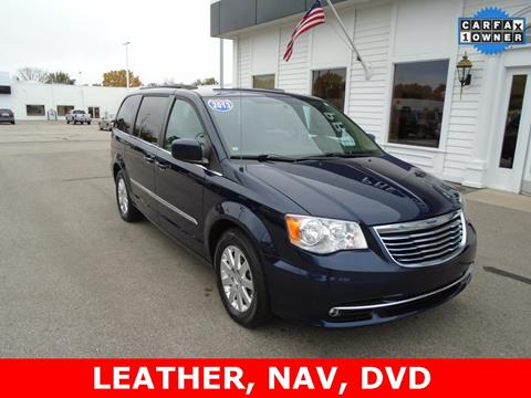 2013 Chrysler Town and Country for sale in Frankenmuth, MI