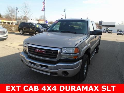 2005 GMC Sierra 2500HD for sale in Frankenmuth, MI