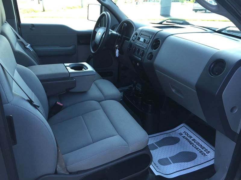 2004 Ford F-150 4dr SuperCab STX 4WD Styleside 6.5 ft. SB - Merrillville IN