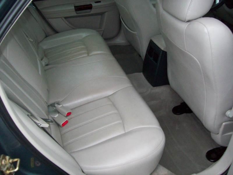 2006 Chrysler 300 C 4dr Sedan - Merrillville IN