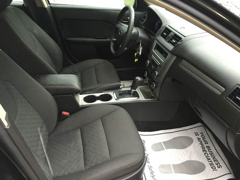 2011 Ford Fusion SE 4dr Sedan - Merrillville IN