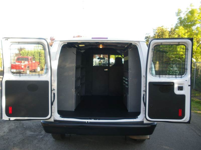 2012 Ford E-Series Cargo E-150 3dr Cargo Van - Milwaukie OR