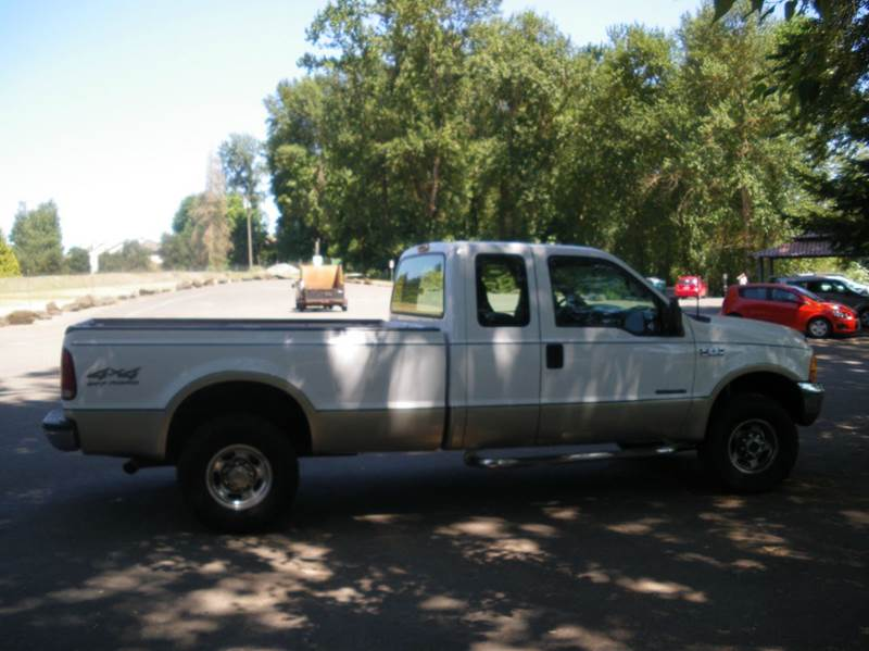 2000 Ford F-250 Super Duty 4dr Lariat 4WD Extended Cab LB - Milwaukie OR