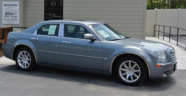 2006 CHRYSLER 300 for sale in WENDELL NC