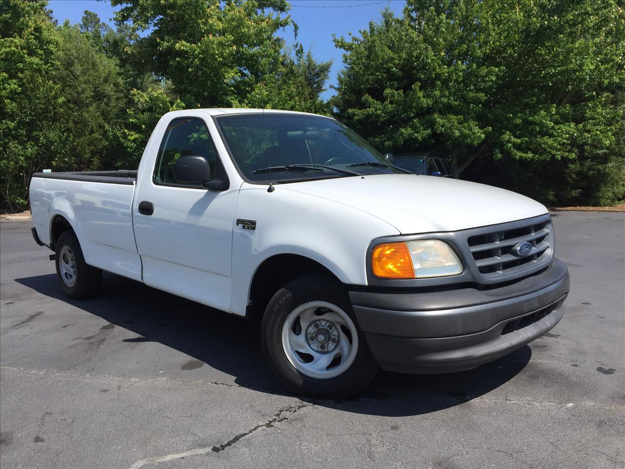 2004 ford f 150 heritage xl in durham nc the auto finders. Black Bedroom Furniture Sets. Home Design Ideas