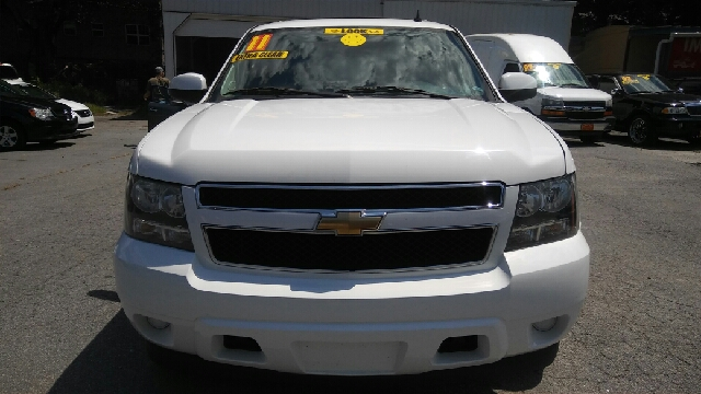 2011 CHEVROLET TAHOE LS 4X2 4DR SUV white 2-stage unlocking doors abs - 4-wheel airbag deactiva