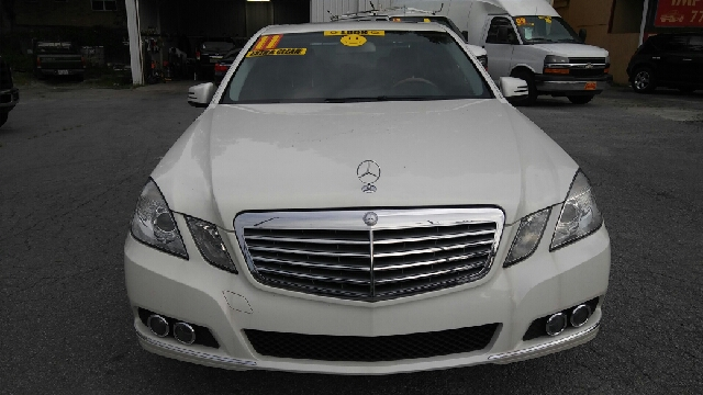 2011 MERCEDES-BENZ E-CLASS E 350 LUXURY 4DR SEDAN white 2-stage unlocking doors abs - 4-wheel a