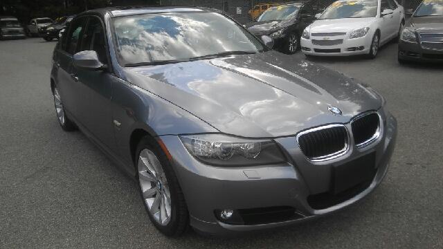 2011 BMW 3 SERIES 328I XDRIVE AWD 4DR SEDAN dark gray 2-stage unlocking doors 4wd type - full ti