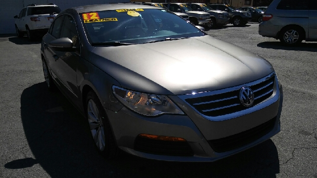 2012 VOLKSWAGEN CC SPORT 4DR SEDAN 6A champagne abs - 4-wheel additional key - removable valet