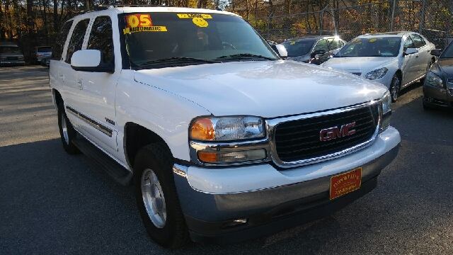 2005 GMC YUKON SLE 4DR SUV beige abs - 4-wheel anti-theft system - alarm axle ratio - 323 cas