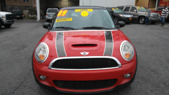 2009 MINI COOPER S 2DR HATCHBACK red 2-stage unlocking doors abs - 4-wheel air filtration airb