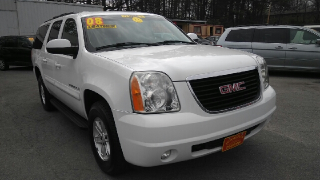 2008 GMC YUKON XL SLE 1500 4X2 4DR SUV W 3SB white 2-stage unlocking doors abs - 4-wheel airba