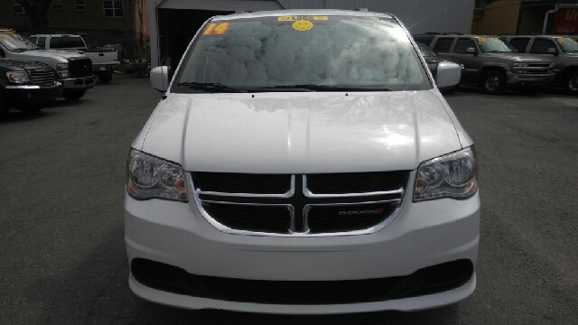 2014 DODGE GRAND CARAVAN SXT 4DR MINI VAN white 2-stage unlocking doors abs - 4-wheel active he
