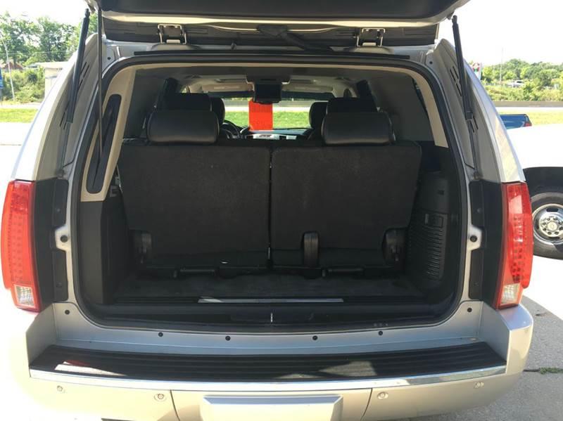 2010 Cadillac Escalade AWD Luxury 4dr SUV - Jefferson City MO