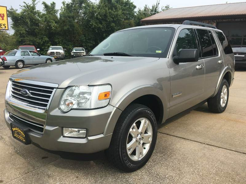 2008 Ford Explorer $5995 & Town and Country Auto Sales - Used Cars - JEFFERSON CITY MO Dealer markmcfarlin.com