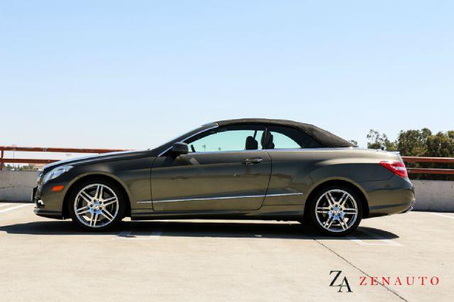 2011 mercedes benz e class e550 amg coupe convertible for Mercedes benz e550 amg