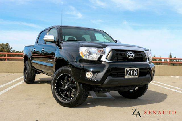 2013 toyota tacoma prerunner limited v6 4x2 4dr double cab 5 0 ft sb 5a custom wheels leather. Black Bedroom Furniture Sets. Home Design Ideas