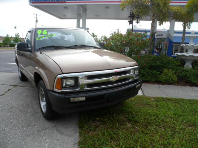 Used 1996 chevrolet s10 for sale for Kenny motors morris il