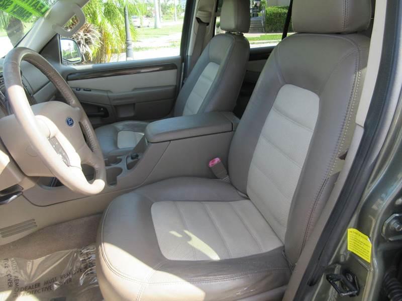 2004 Ford Explorer Eddie Bauer 4dr SUV - Punta Gorda FL