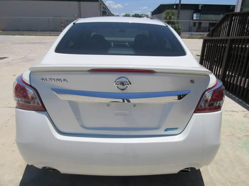 2013 Nissan Altima 2.5 S 4dr Sedan - Punta Gorda FL